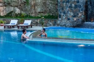 018-Main-Pool-9908